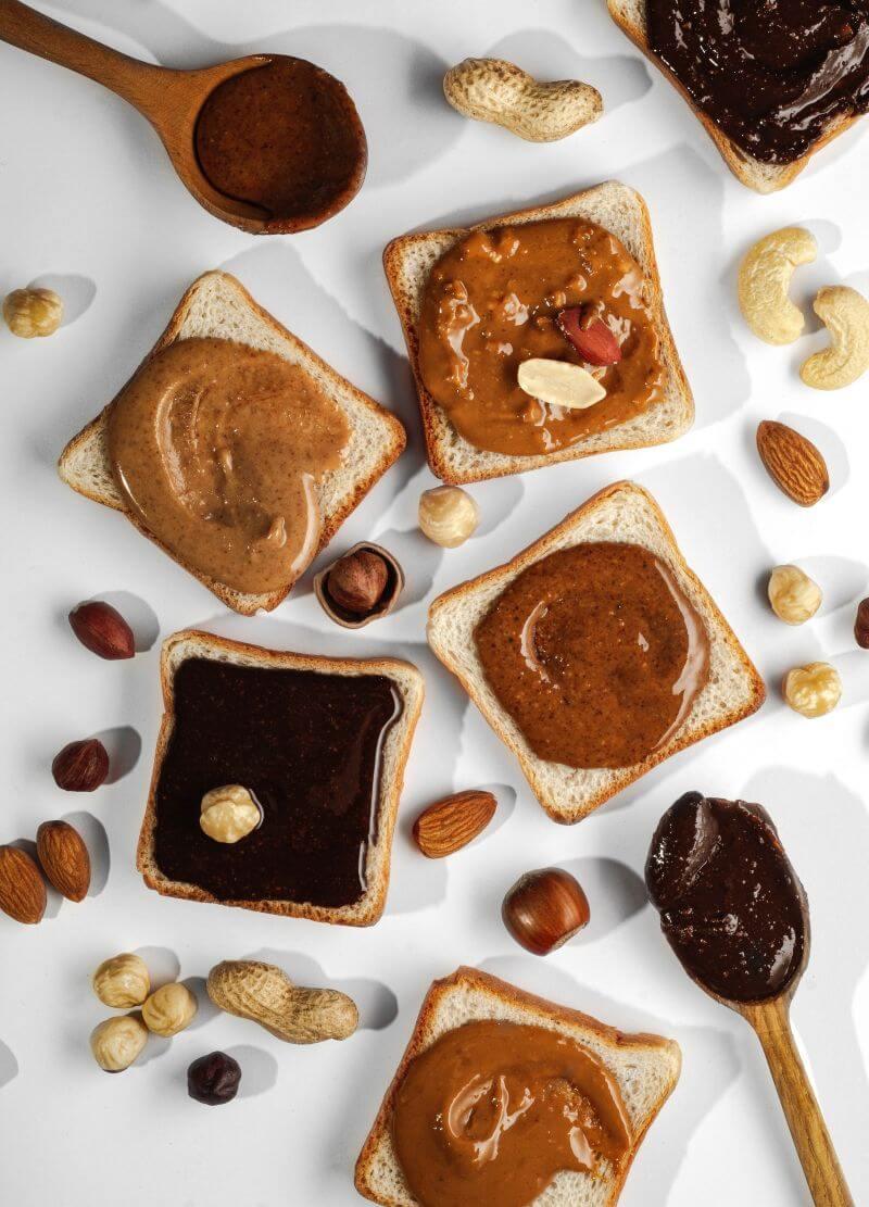 Nutego zemesriekstu sviests ir pagatavots no 97% svaigi grauzdētiem zemesriekstiem, nedaudz sāls, cukura un zemesriekstu eļļas, netiek pievienots nekas lieks